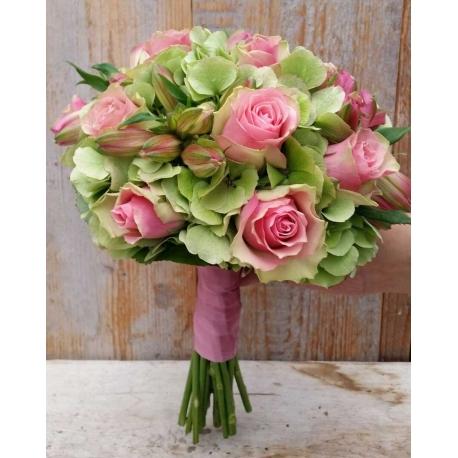 Bruidsboeket biedermeier roze